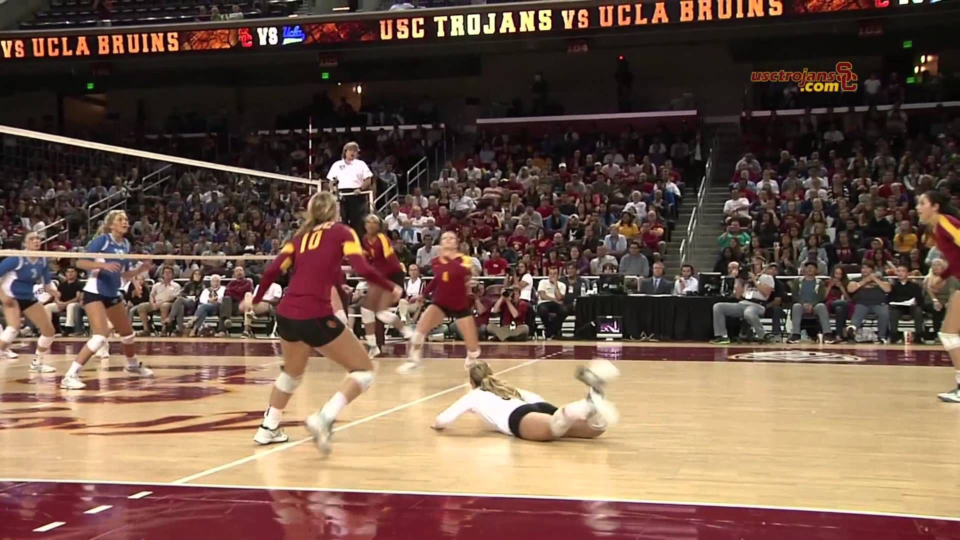 Usc Women S Volleyball 2013 Ncaa Regionals Women Volleyball Usc Usc Trojans