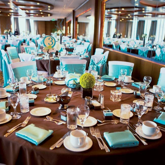 ... The Centerpieces Were Pomanders Of Either White Or Green Mums Placed  Atop Square Vases Filled With Coffee Beans. Chocolate Brown Tablecloths And  White ...
