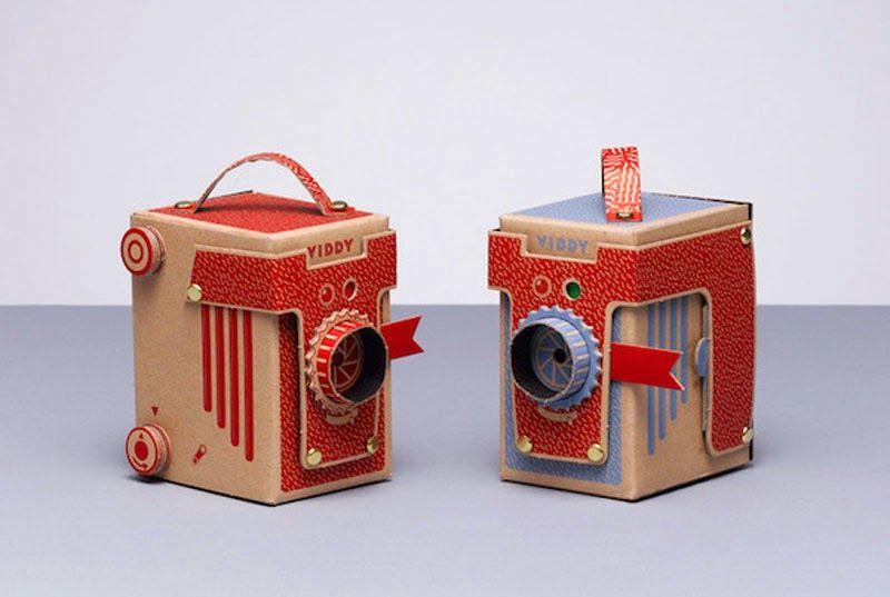DIY: Cómo hacer una cámara estenopeica con un cartón Viddy en 30 minutos// A Charming DIY Cardboard-Made Camera That You Can Assemble In 30 Minutes