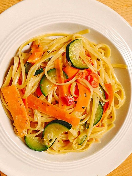 Photo of Courgette and carrot pasta with a creamy sauce from Saya1981 | chef