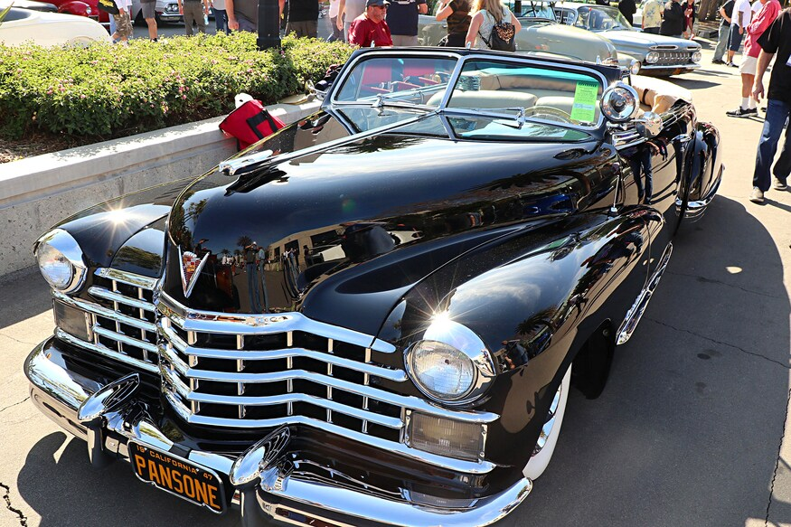 Bonus! 100+ Pics of Classic Cars from Grand National Roadster Show 2020