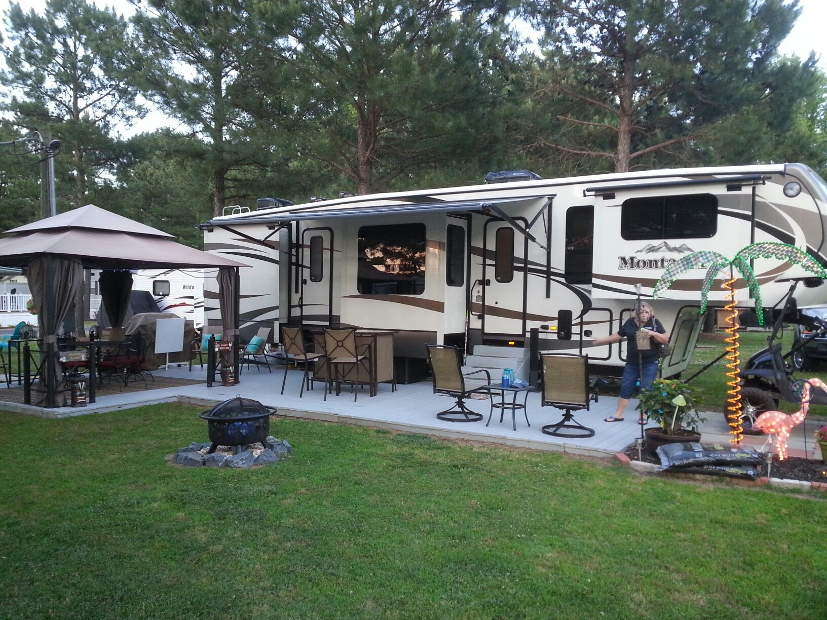 Deck idea for our camper | Camper remodeling | Pinterest ...