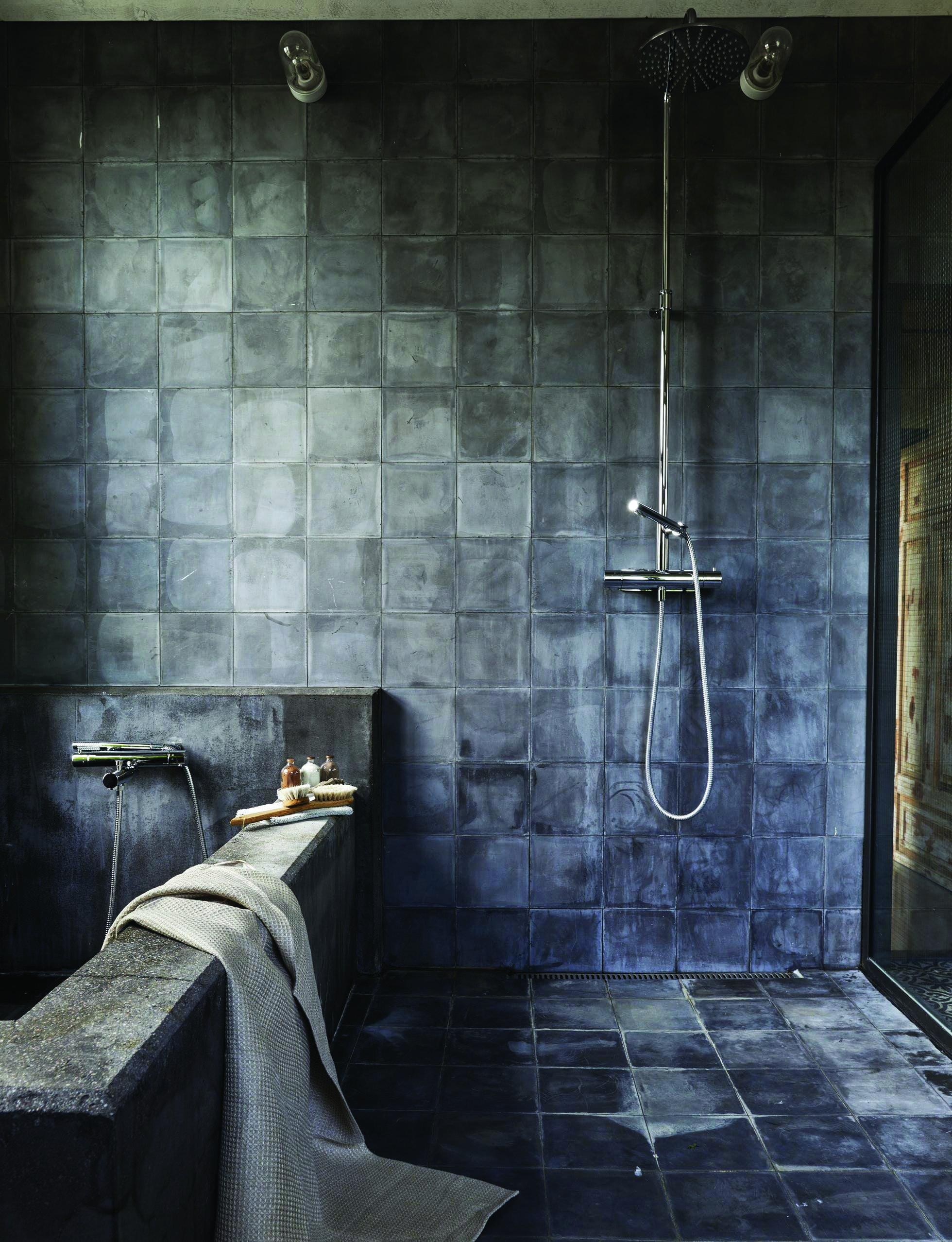 Restroom Ceramic Tile Design Suggestions Black Tile Bathrooms