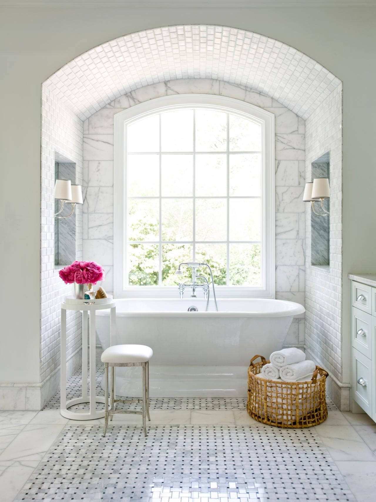 15 Simply Chic Bathroom Tile Design Ideas | Bathroom Design ...