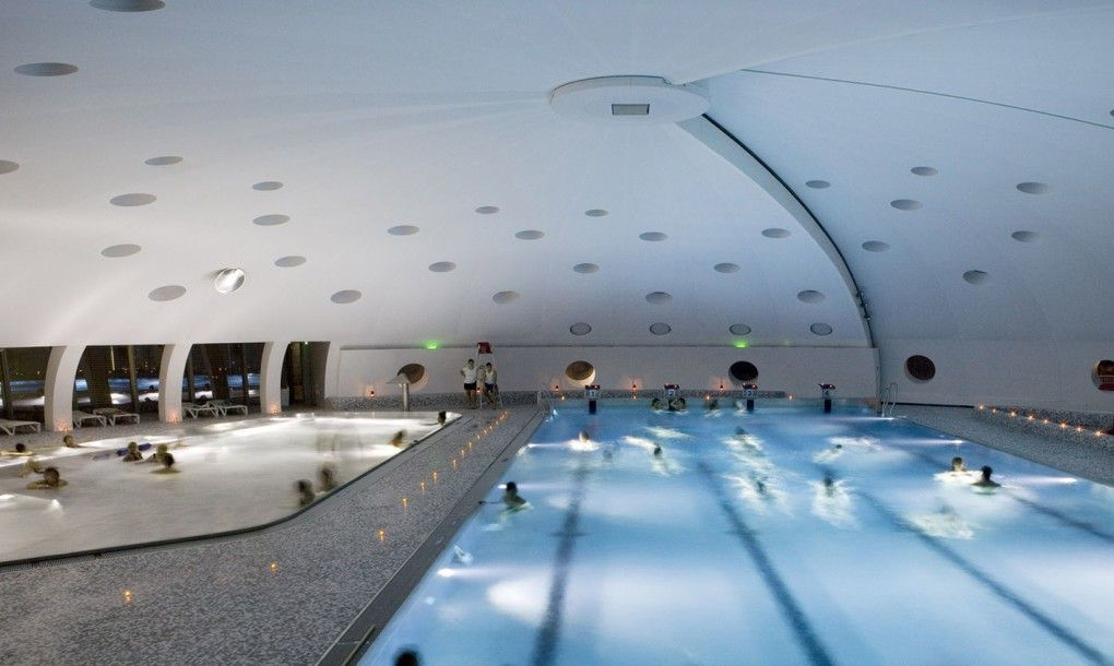 this cool tournesol swimming pool opens up like a futuristic, Hause ideen
