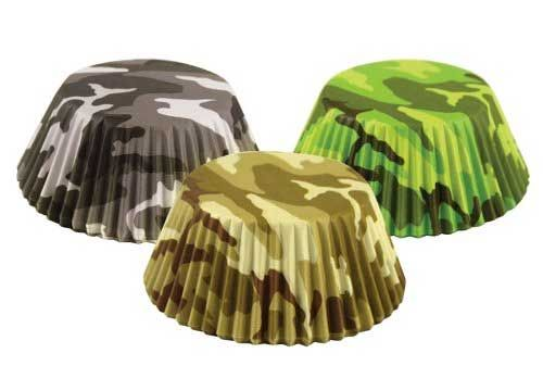 10 Camo Cupcake Liners And Stands Camo Cupcakes Camouflage