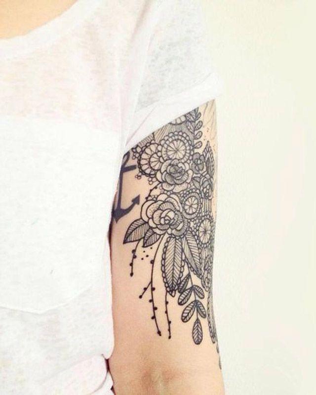 25 tatouages inspiration dentelle pour un look l gant tatoo pinterest glamour tatouages. Black Bedroom Furniture Sets. Home Design Ideas