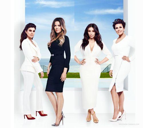 Pin De Kristin K En Kardashians Jenners Bodas Television Favoritos
