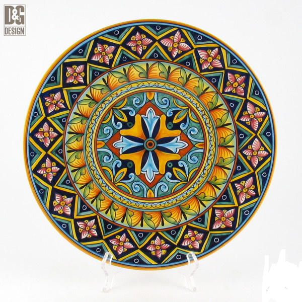 In this fine wall plate designs of traditional ceramics of Deruta uniquely blend with more contemporary colors and designs. D\u0026G are two young artists wi.  sc 1 st  Pinterest & Pin by 张振凯 on 卷草   Pinterest   Italian pottery and Pottery
