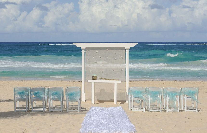 Collin Careys Destination Wedding In Mexico Beach Venue