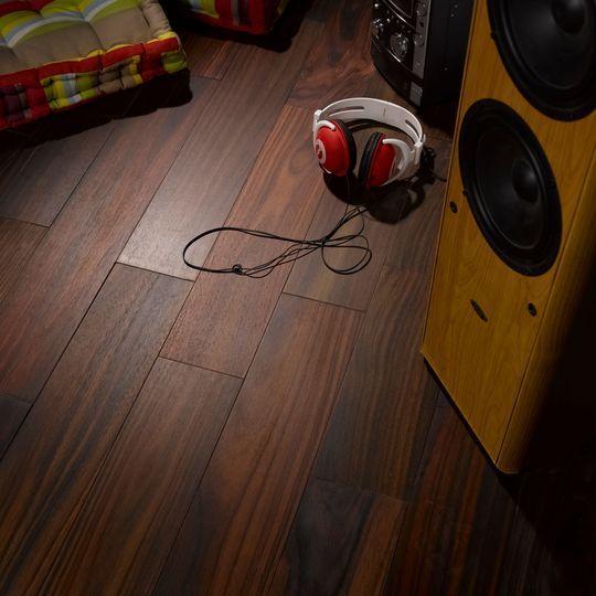 les 25 meilleures id es de la cat gorie parquet flottant leroy merlin sur pinterest parquet. Black Bedroom Furniture Sets. Home Design Ideas