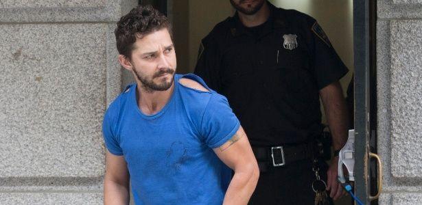 Shia LaBeouf é preso no Texas por intoxicação pública #Ator, #Camiseta, #Hollywood, #Musical, #NovaYork http://popzone.tv/shia-labeouf-e-preso-no-texas-por-intoxicacao-publica/