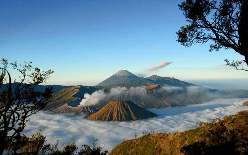Nature Landscape Photography Explore Travel Photo See More At Luggele Blogspot Com Pemandangan Pegunungan Indonesia