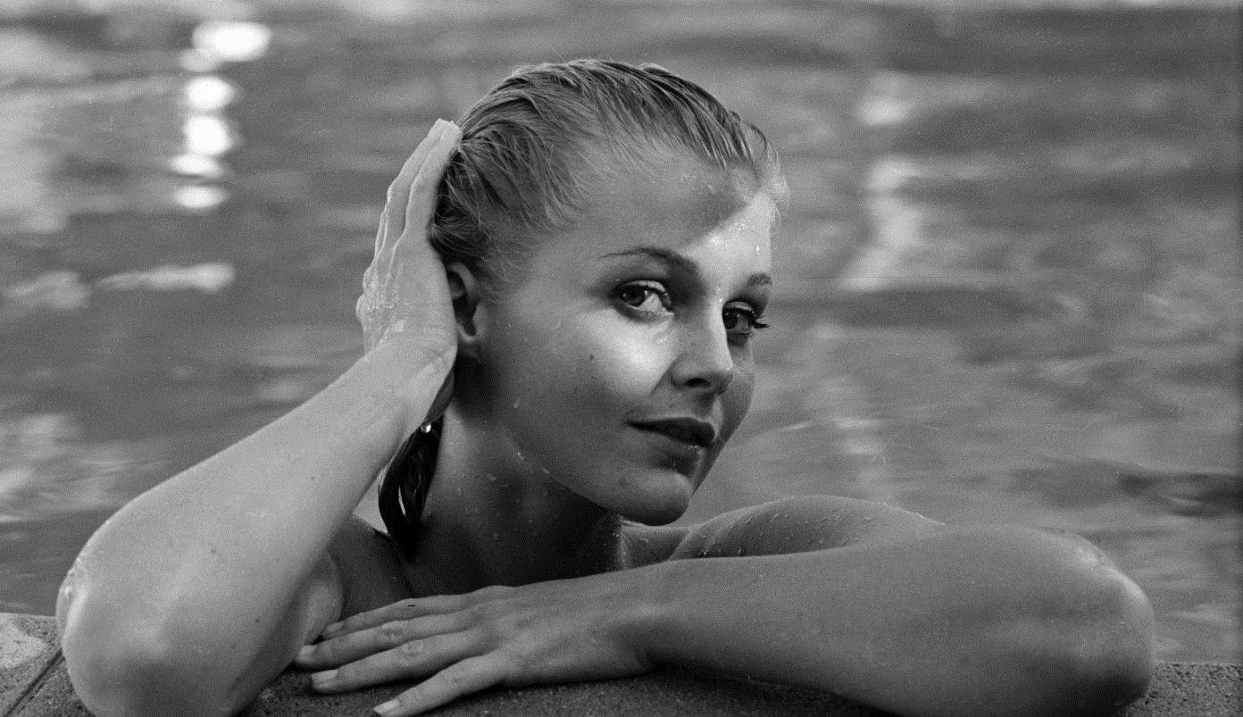 Celebrity Nude Century Carol Lynley  The Look  Carol -7914