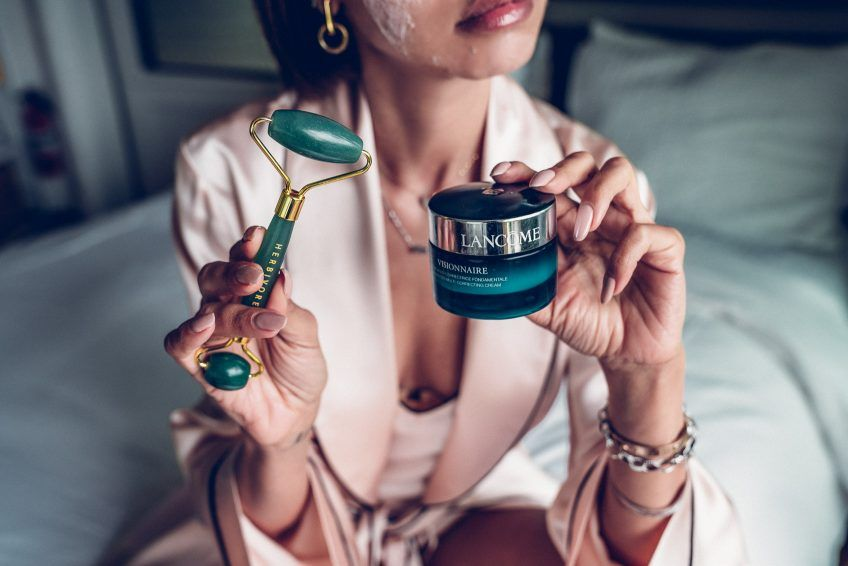I M 38 This Is How I Care For My Skin Vivaluxury Best Face Products Skin Viva Luxury