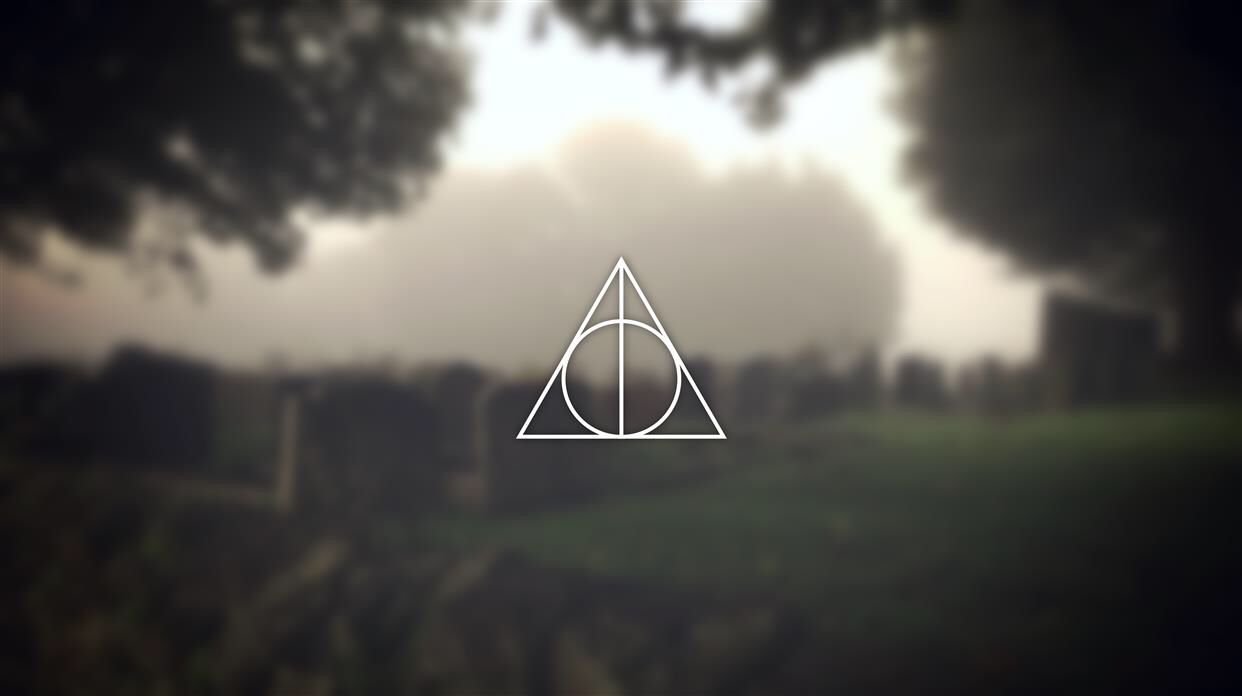 Wallpapers Hd Deathly Hallows Wallpaper Desktop Wallpaper Harry Potter Harry Potter Deathly Hallows