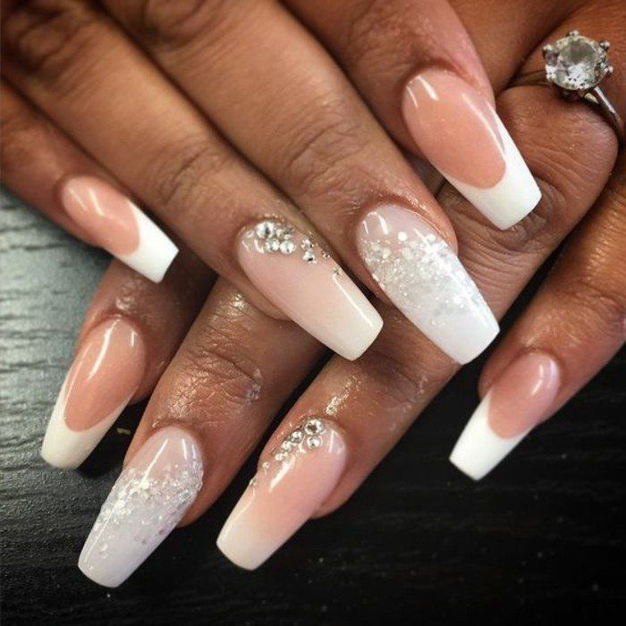 1001 id es impeccables pour une manucure blanche mariage ongle ongles longs et manucure. Black Bedroom Furniture Sets. Home Design Ideas