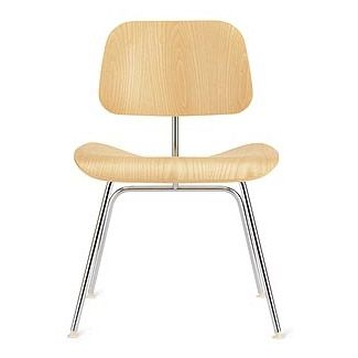 Classic molded plywood mid-century dining chair (Eames)