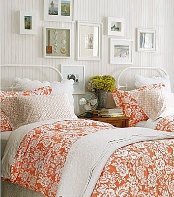 Pretty twin beds in a cottage bedroom J bedroom ideas Pinterest