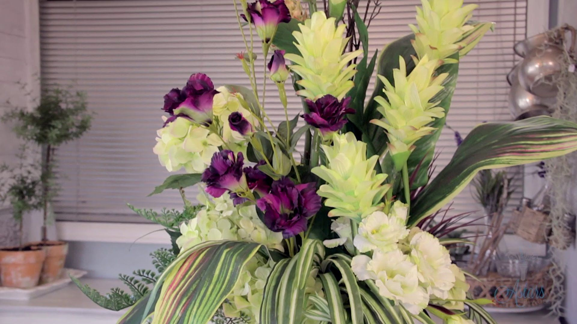 Floristry Tutorial Arranging With Tall Tropical Forms Flowers