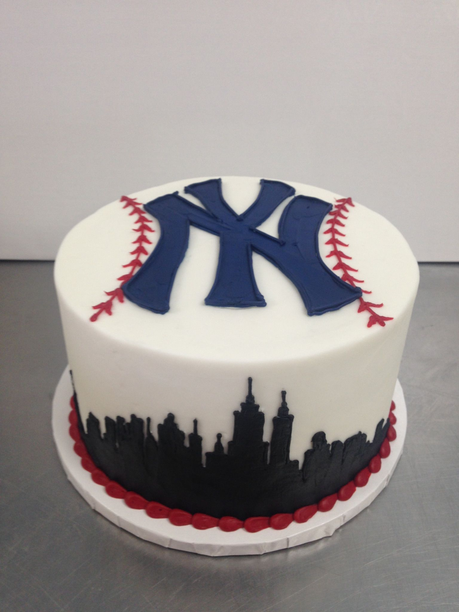 Yankee Groom S Cake Grooms Cake Yankee Cake Yankee Baseball Cake