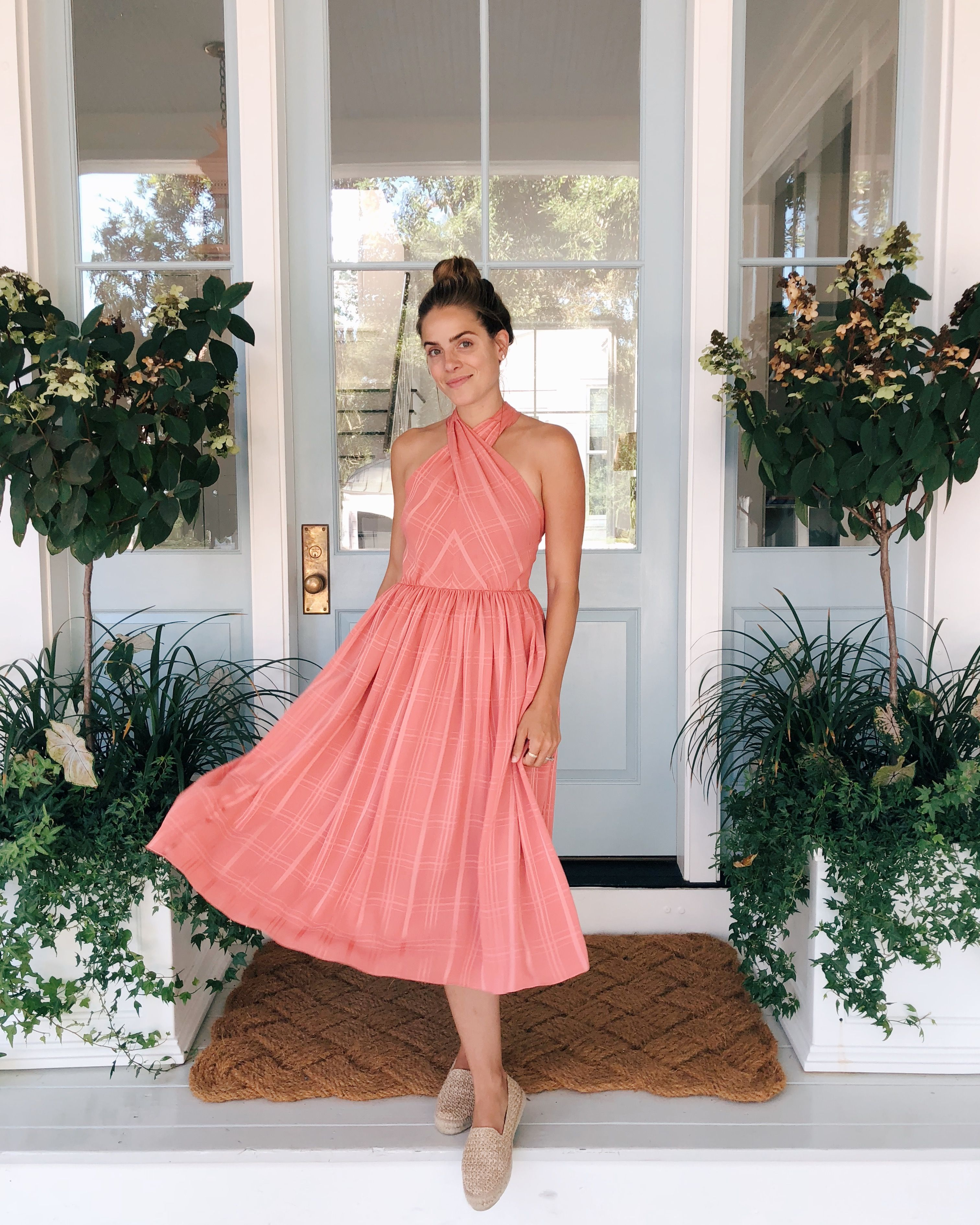 e8ba7bd90f69 Daily Look 7.5.18 featuring Julia wearing a Gal Meets Glam Collection Mia  dress with Manebi espadrilles for a perfect daytime look.