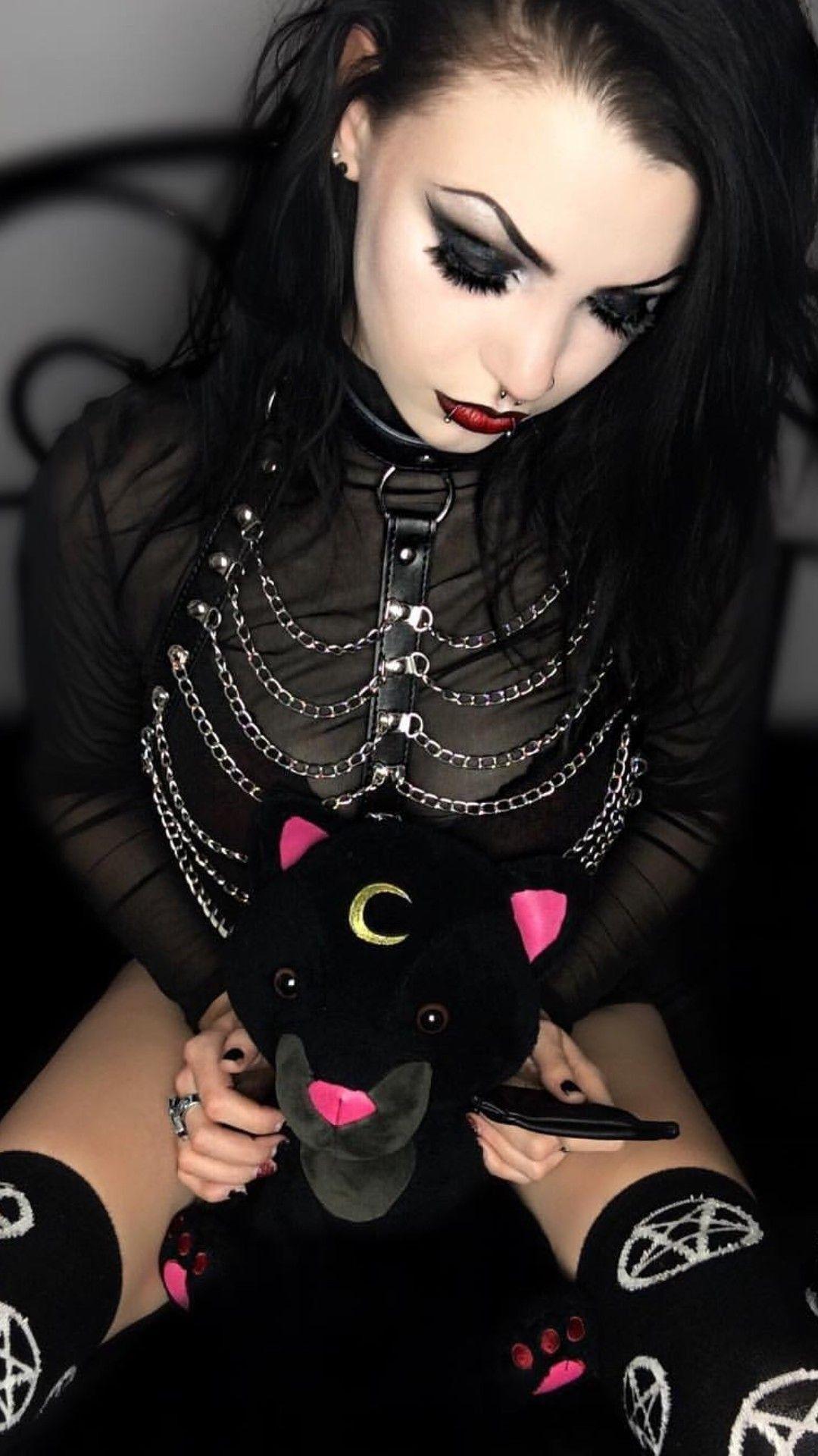 Carlos ABA (Posts com o marcador gothic)   Goth beauty