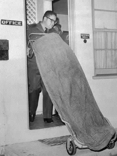 Body Of Sam Cooke Carried Out Motel