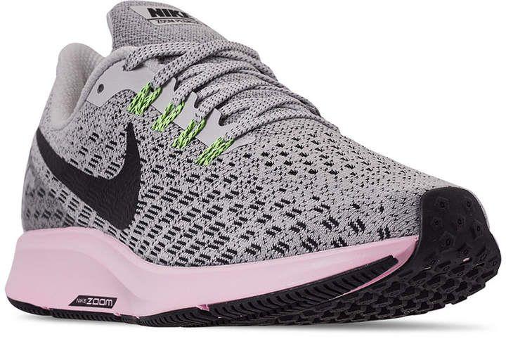 Air Zoom Pegasus 35 Running Sneakers