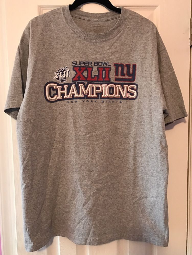 555d904fc New York Giants Super Bowl XLII Champions Reebok T-Shirt 2008 Size L  (Large)  Reebok  NewYorkGiants