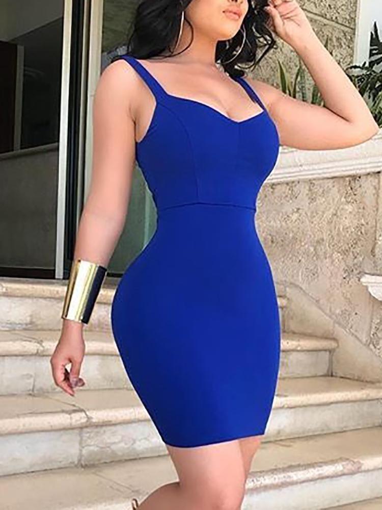 Vestido Ajustado Con Correa De Espagueti En Color Liso Sm