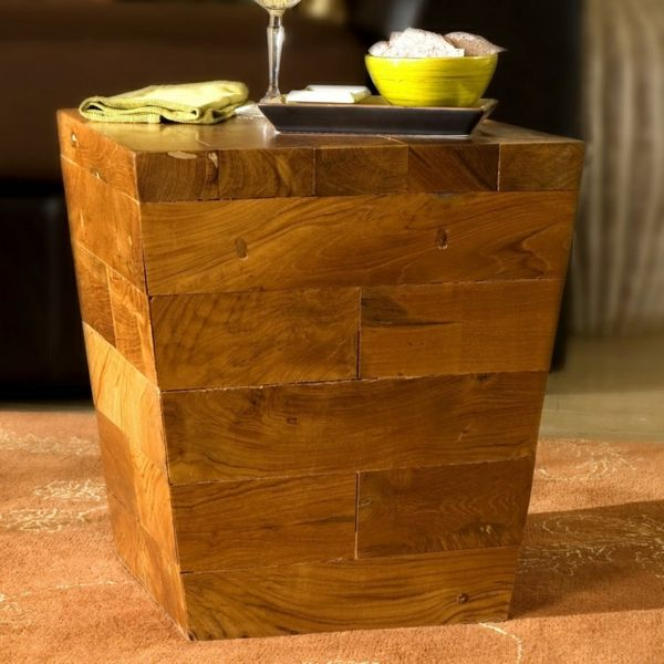 beistelltisch holzblock interessante form holzkunst pinterest beistelltische baumstumpf. Black Bedroom Furniture Sets. Home Design Ideas