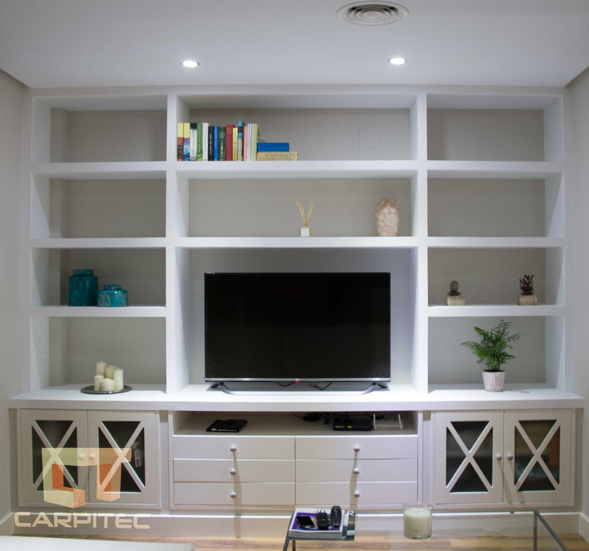 mueble estantera para saln en pladur y madera lacada en blanco