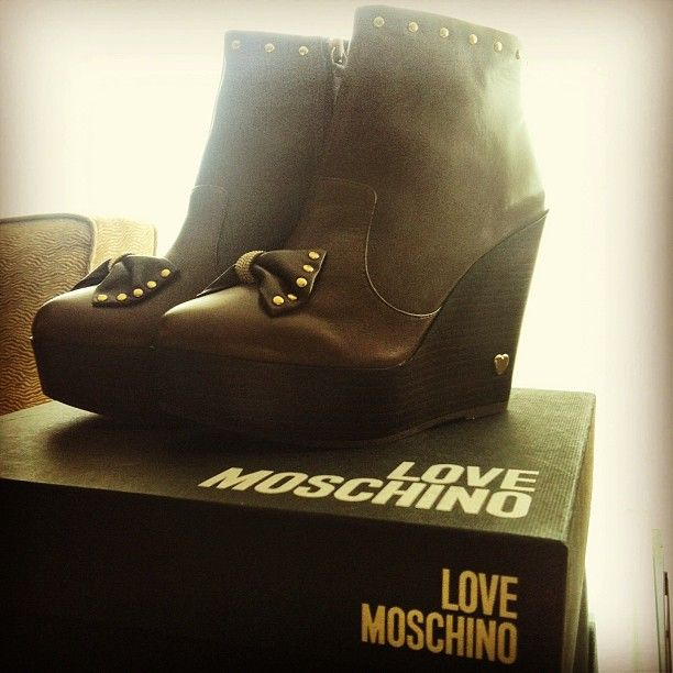 Photo by jenniferdorvall #moschino #lovemoschino #love #shoes