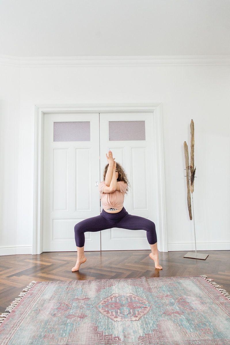 ho helped bring yoga - 736×1105