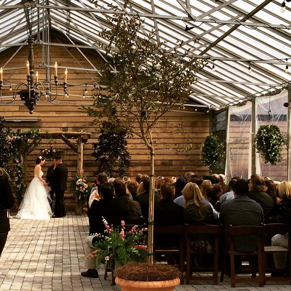 Long Hollow Gardens Wedding In 2019 Garden Venue