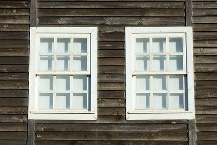 How Do I Clean Cedar Wood Siding Ehow Wood Siding Cedar Wood Siding Cedar Homes