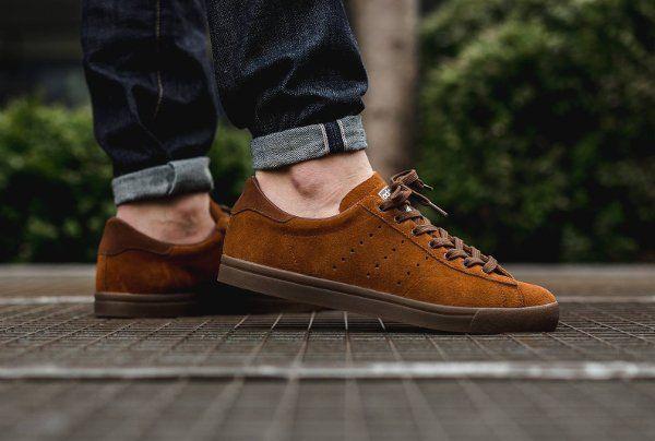 Gros plan sur la Adidas Côte Spezial Brown   Chaussures