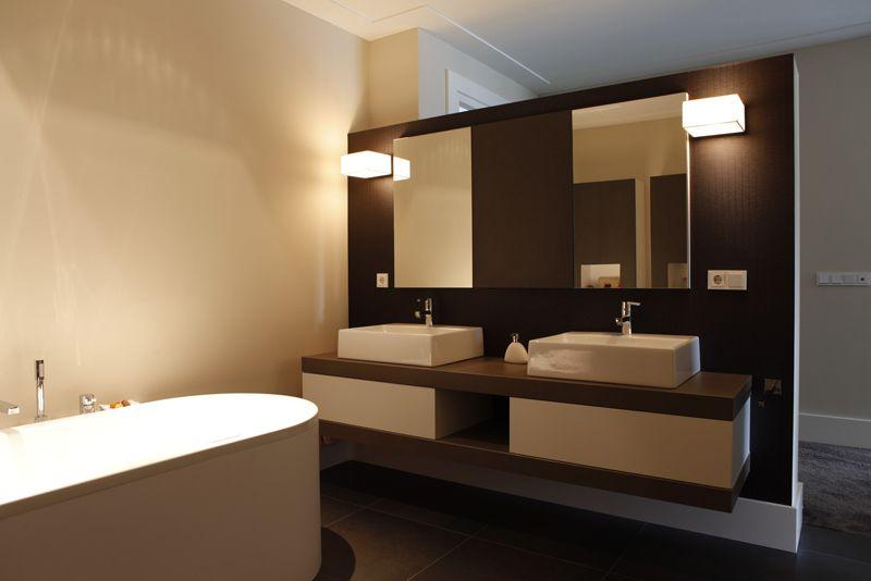 Badmeubel met wasbakken beringe zolder bathroom