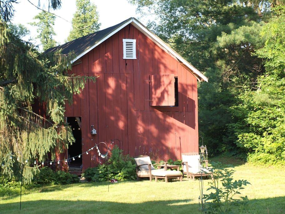 Stay in a Barn Loft, Fayetteville, WV
