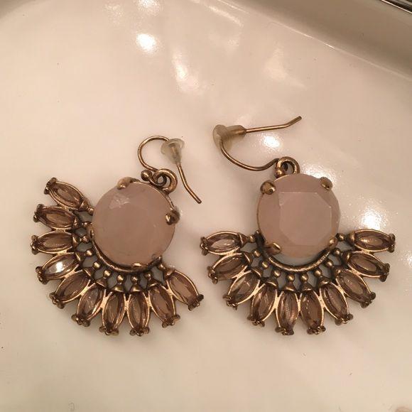 Anthropologie Pink Quartz Earrings Beautiful Anthropologie earrings drop with pink Quartz and crystal in a half moon fan shape with vintage gold finishing Anthropologie Jewelry Earrings
