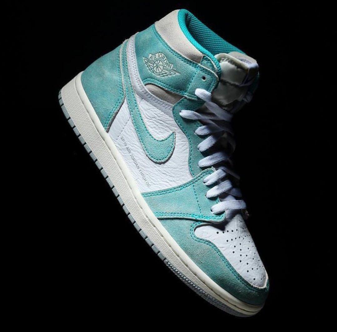 online store 3095e e6d32 Air Jordan 1