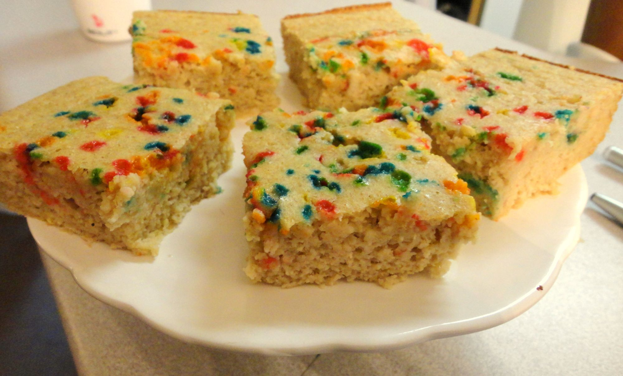 Cake protein bars or cupcakes use birthday cake protein