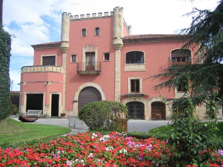 Museo Evaristo Valle en Gijón. http://goo.gl/aQX4VF