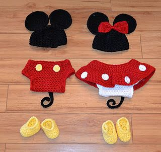 Crochet Mickey and Minnie. #outfitswithhats