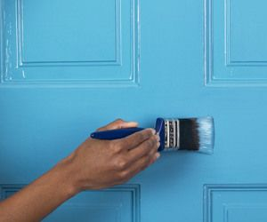 Entryway ideas: Paint the Door.  A door that has chipped or peeling paint can never look inviting.