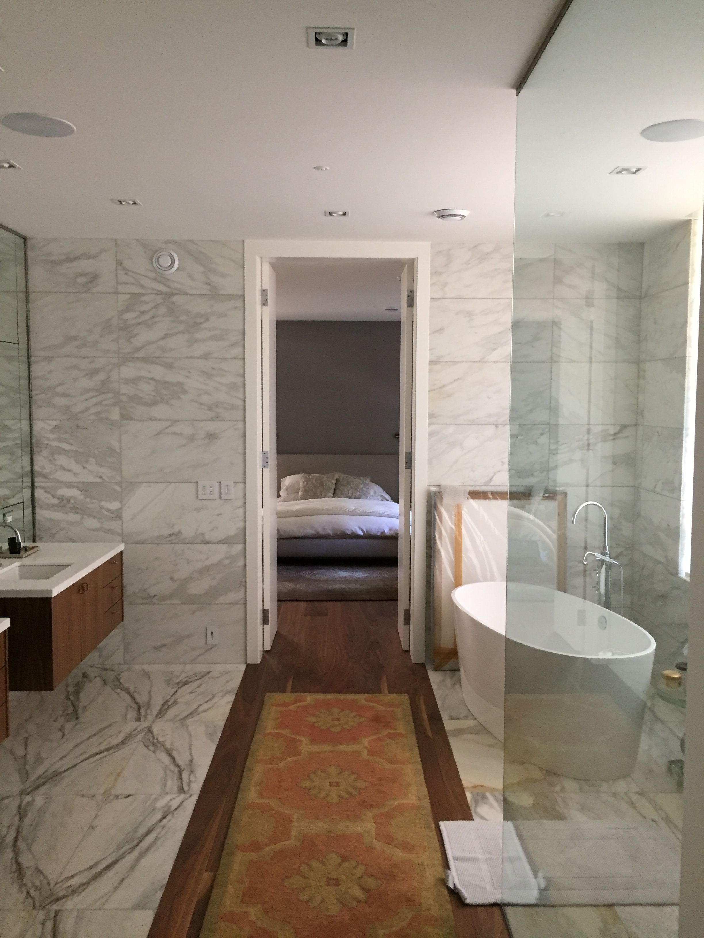 Ensuite Bathroom With Sonos Connect Amp With Monitor Audio In