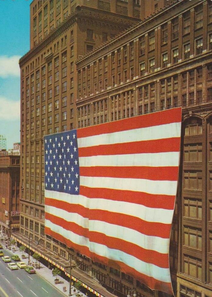 The Largest American Flag In The World On The J L Hudson Building In Downtown Detroit Detroit Michigan Detroit History Detroit Rock City
