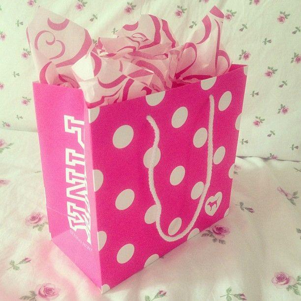 PINK shopping bag!! | vs & pink nation. | Pinterest | vs Pink ...