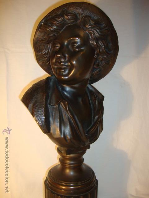elegante bronce patinado busto niño sonriendo firma c. dorn sobre peana columna y base marmol, S.XIX